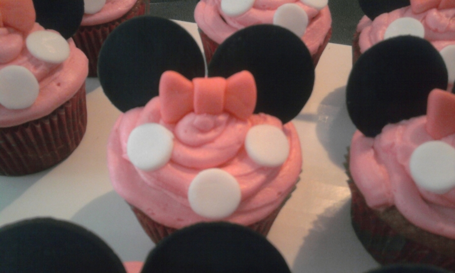 Minie Mouse Cupcakes on Cake Central