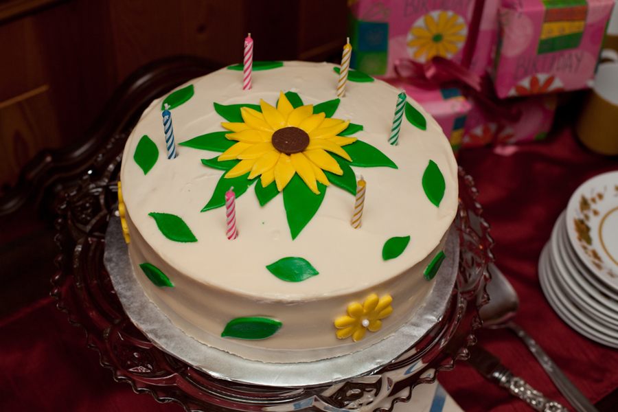 60Th Birthday Sunflower Cake CakeCentralcom