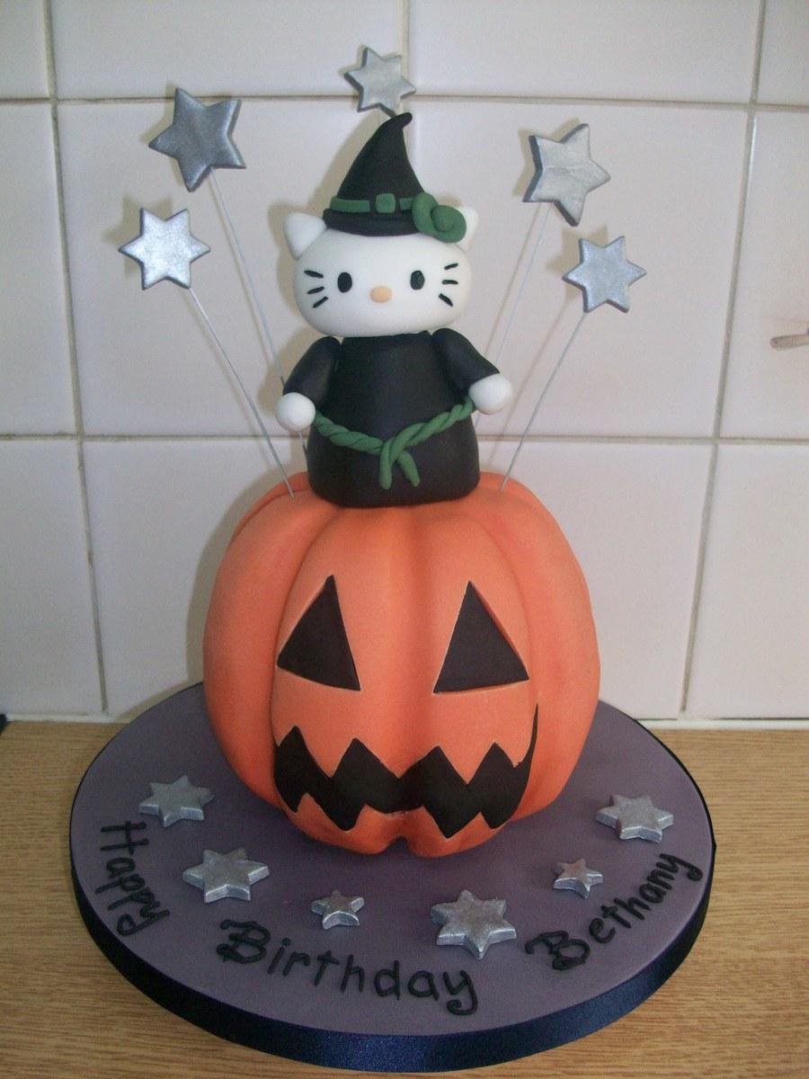 Hello Kitty Halloween Cake - CakeCentral.com
