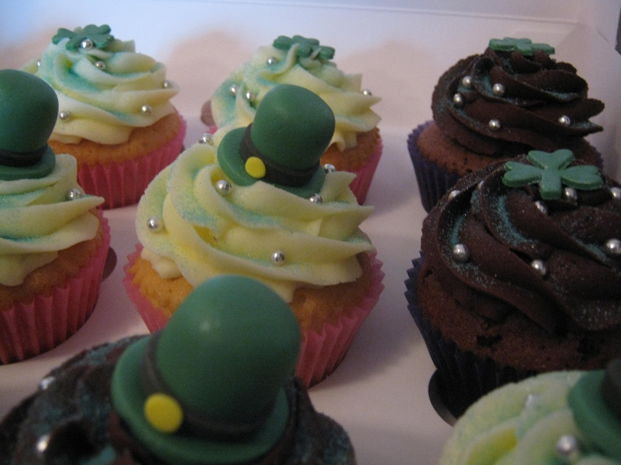 St Patricks Themed Cupcakes on Cake Central