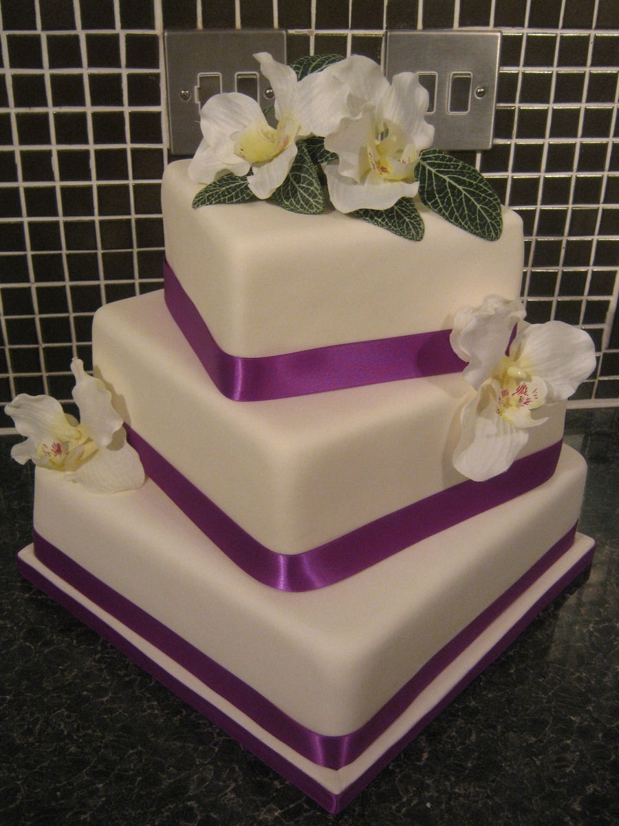square three tier wedding cakes 3 tier square wedding cake cakecentral 20372