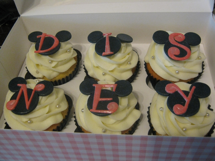 Mickey Mouse / Disney Cupcakes on Cake Central