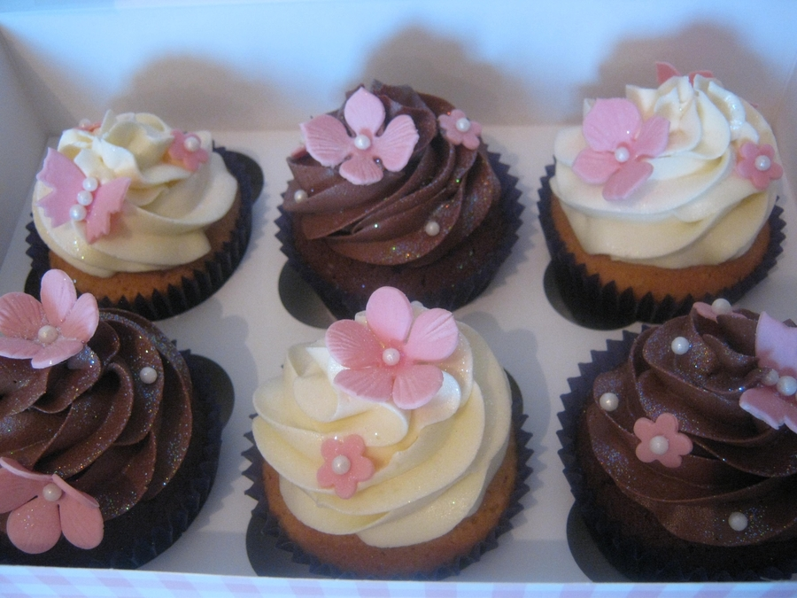 Simple Pretty Pink Flower Cupcakes on Cake Central
