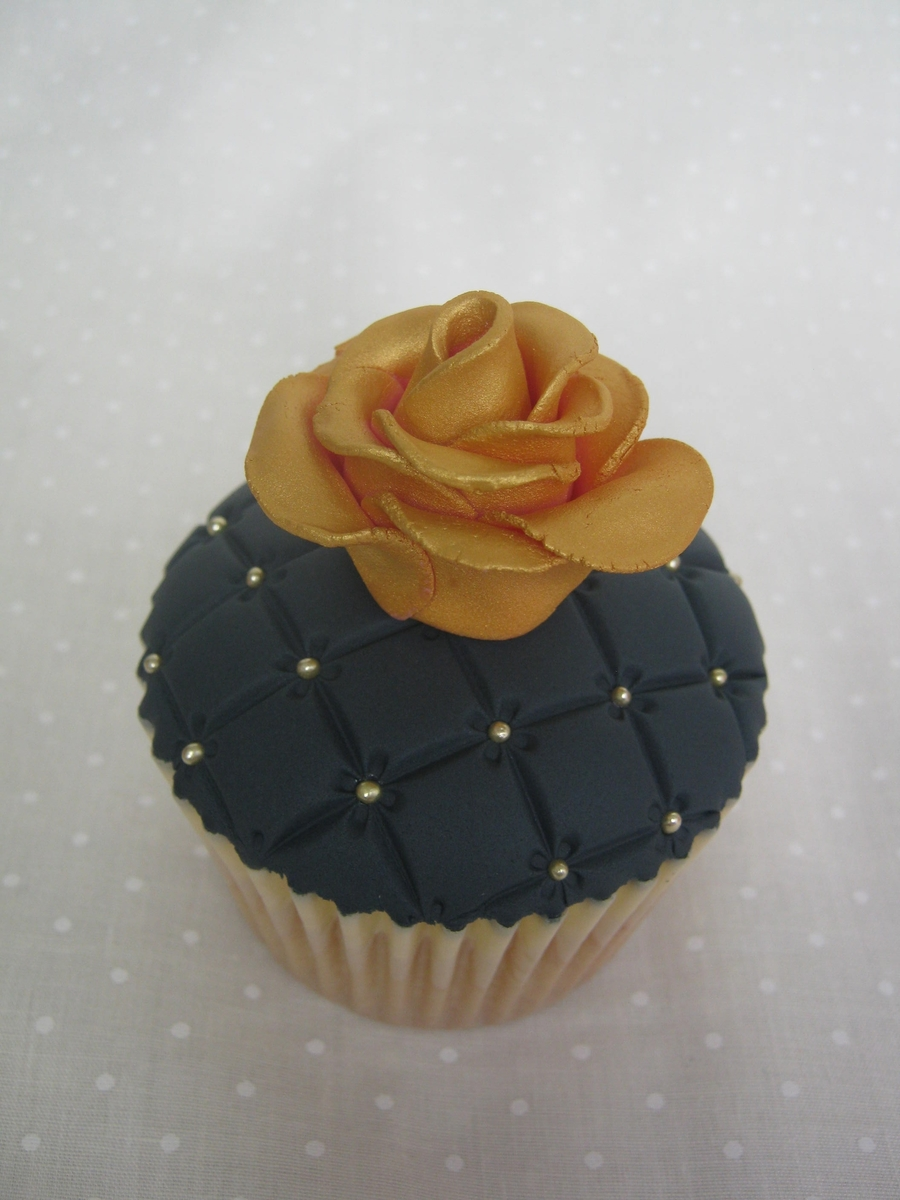 Black & Gold Rose Topped Cupcake on Cake Central