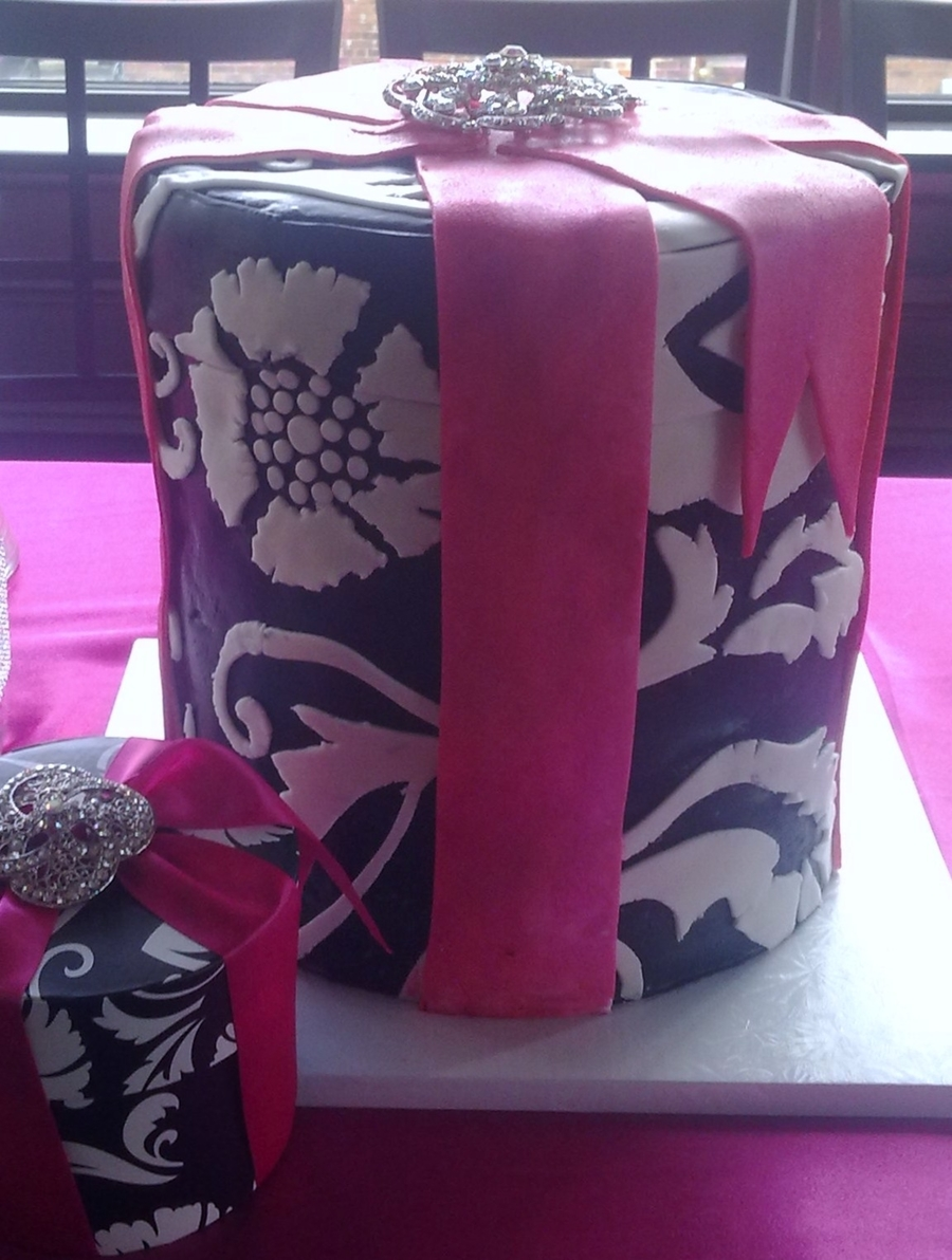 Damask Gift Box Cake on Cake Central