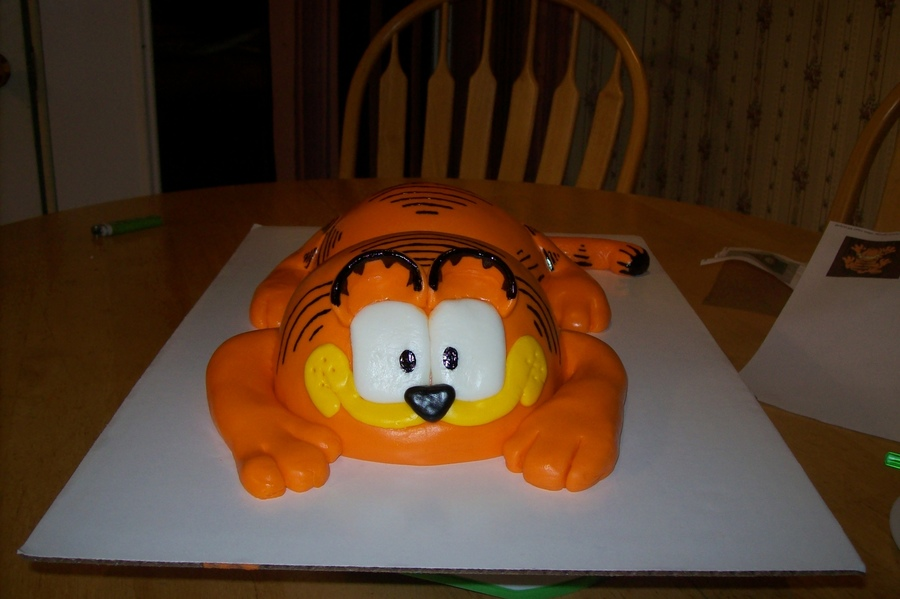 Garfield on Cake Central