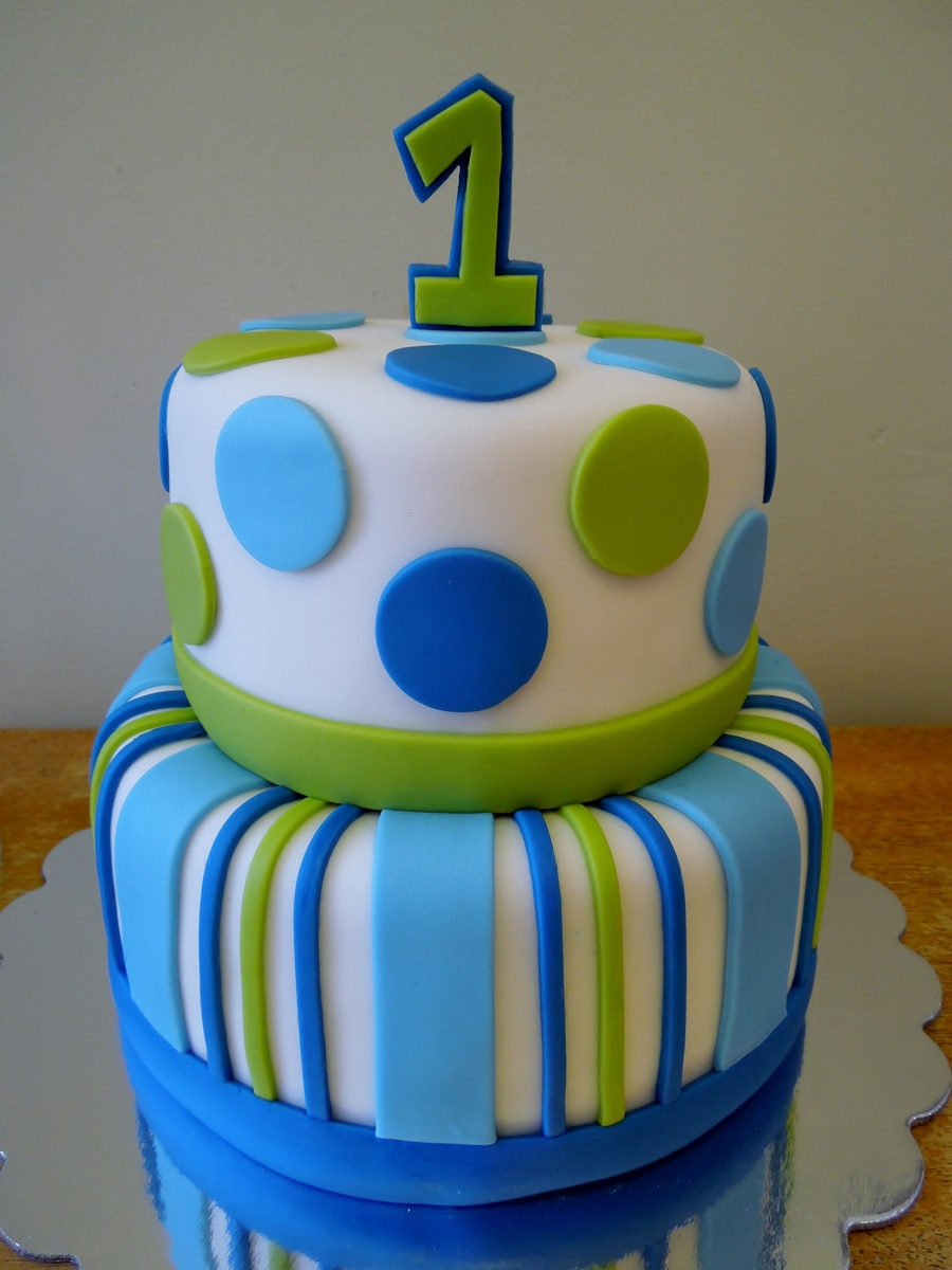 Stripes Amp Dots Boys 1st Birthday Cakecentral Com