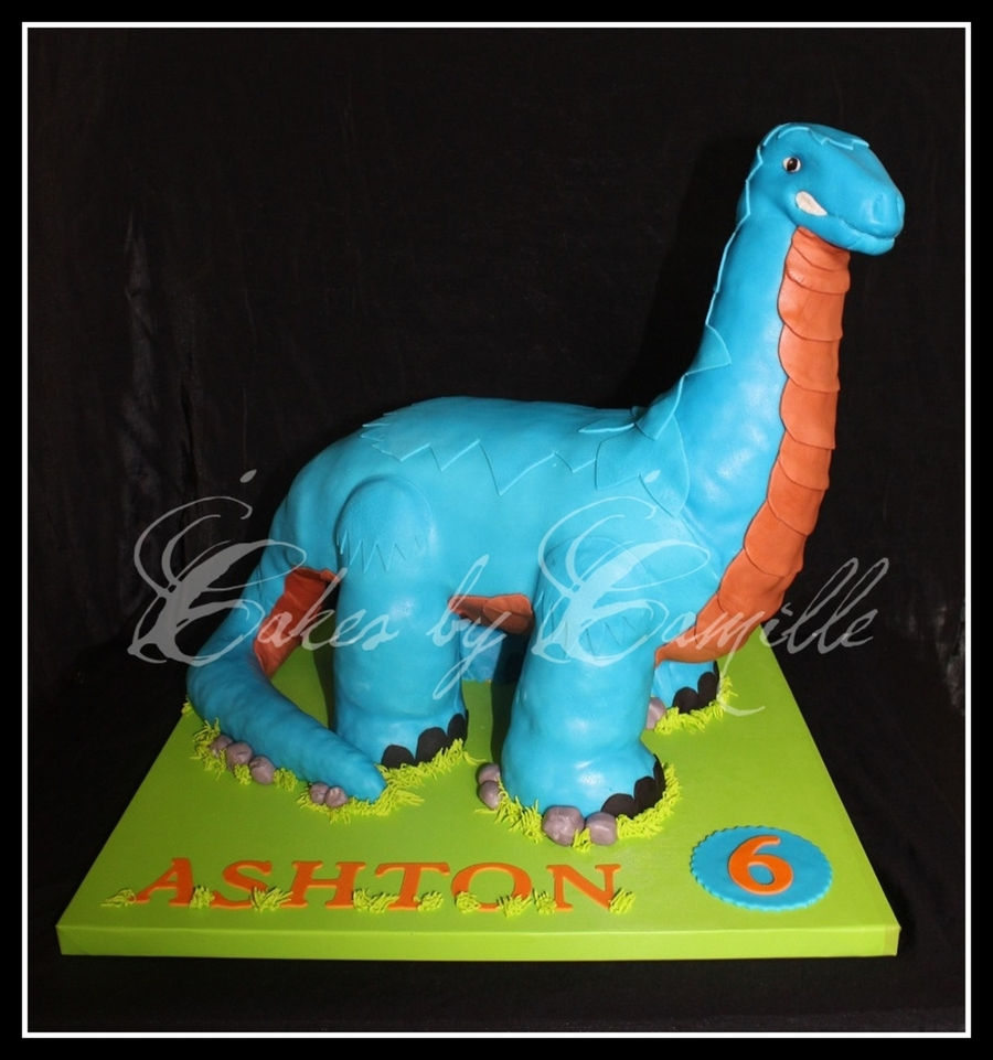 Imaginext Dinosaur  on Cake Central