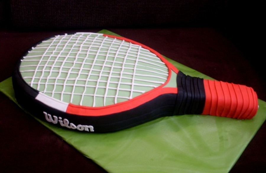 Tennis Racket on Cake Central