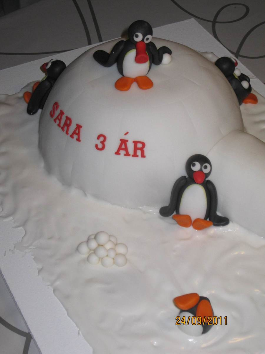 Pingu For Sara  on Cake Central