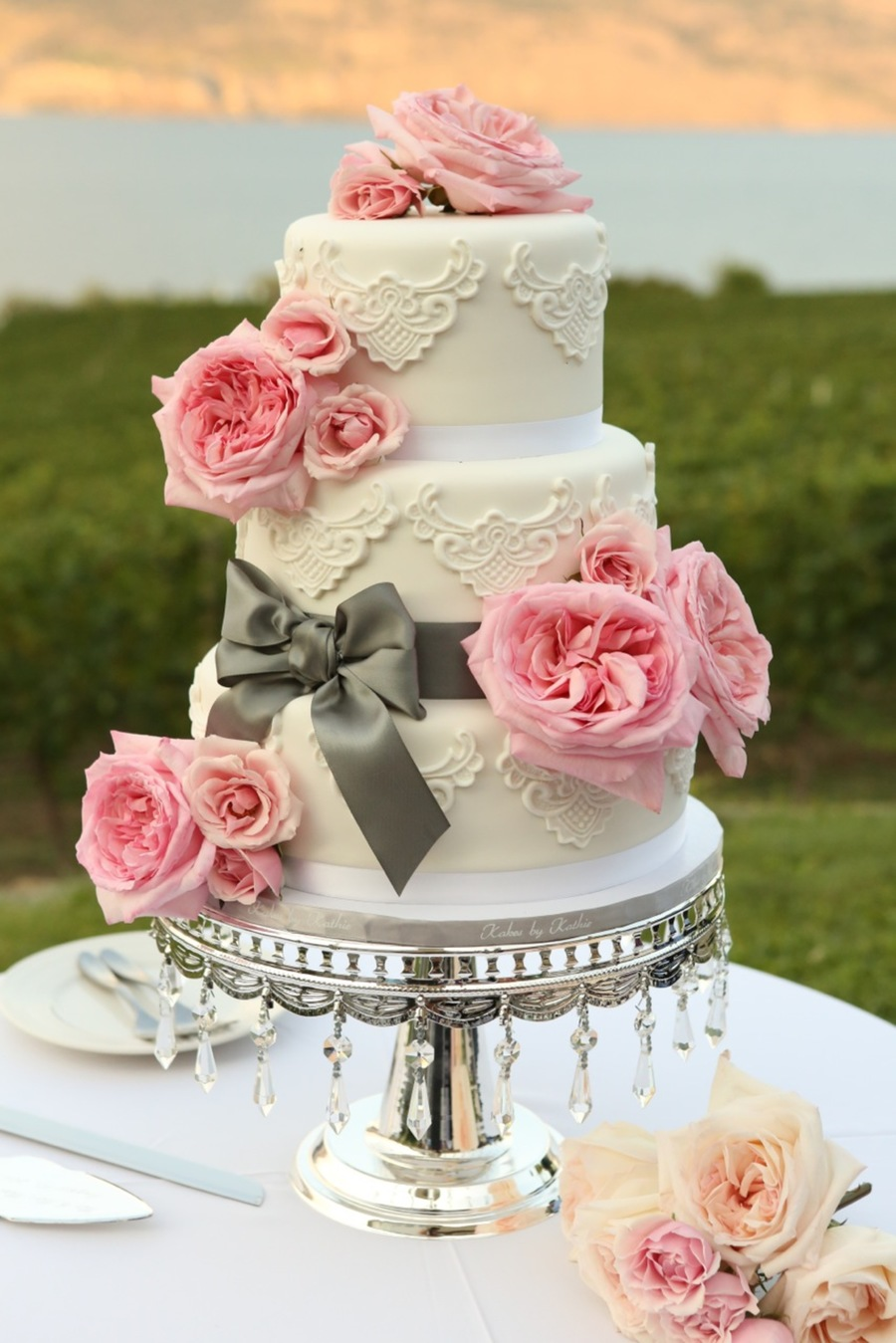 Lace And Roses on Cake Central