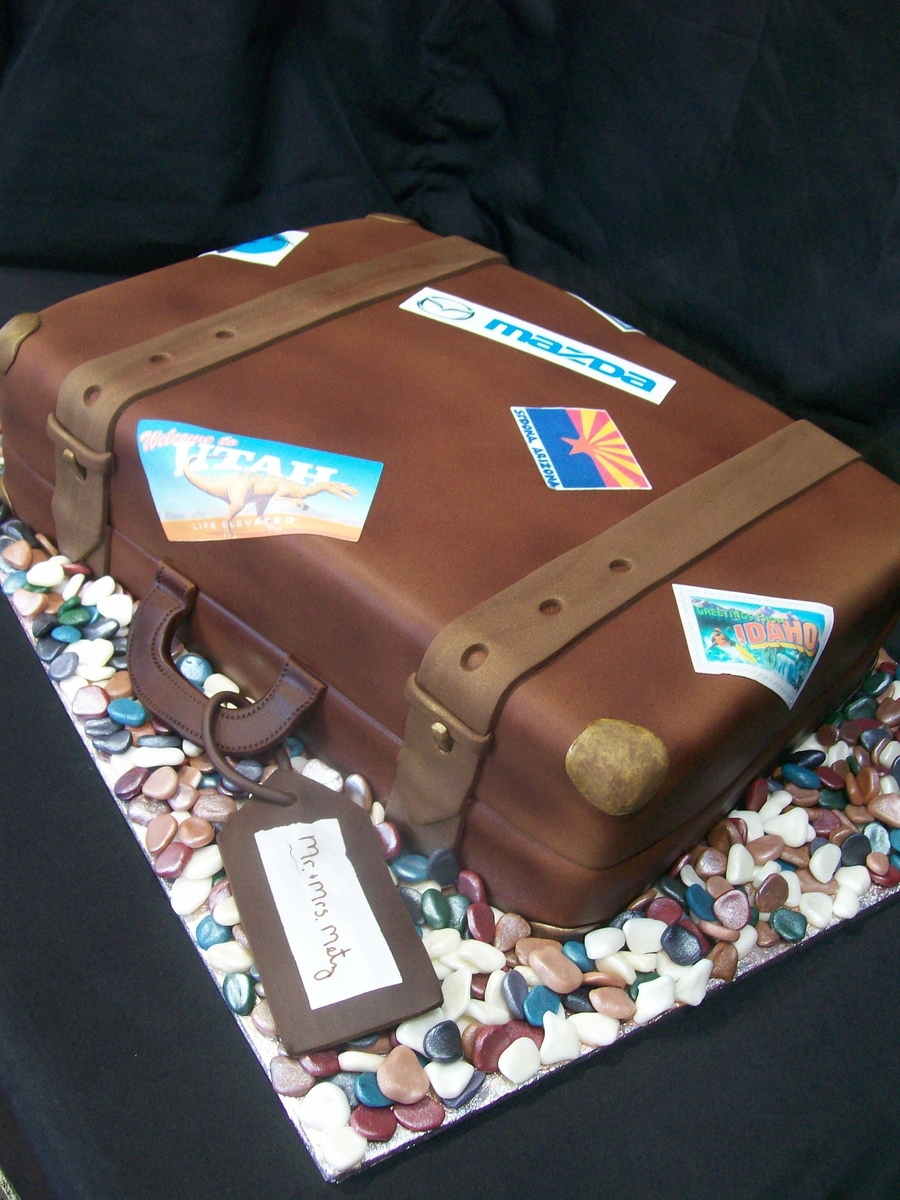 Vintage Suitcase Cakecentral Com