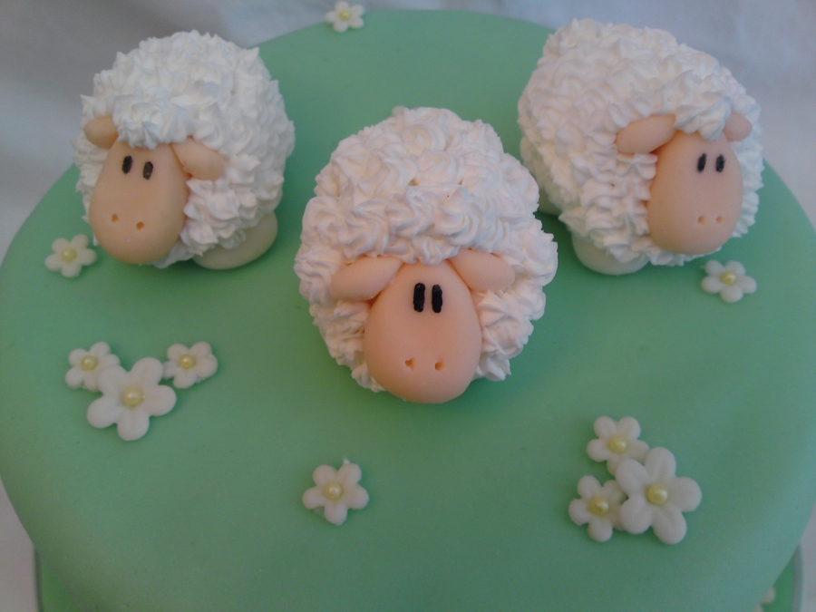 How To Make A Marshmallow Sheep Cake