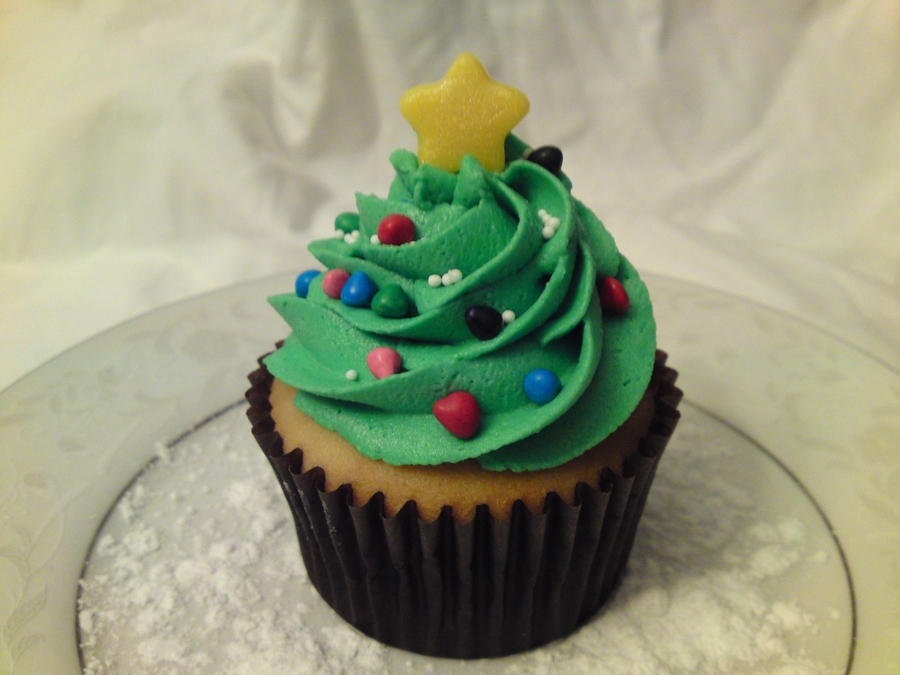 Christmas Tree Cupcake on Cake Central