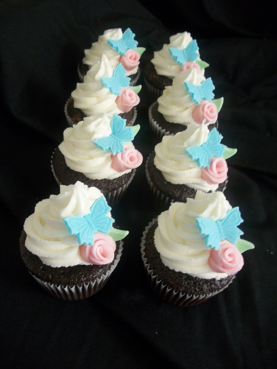 Duff Roses & Butterflies on Cake Central