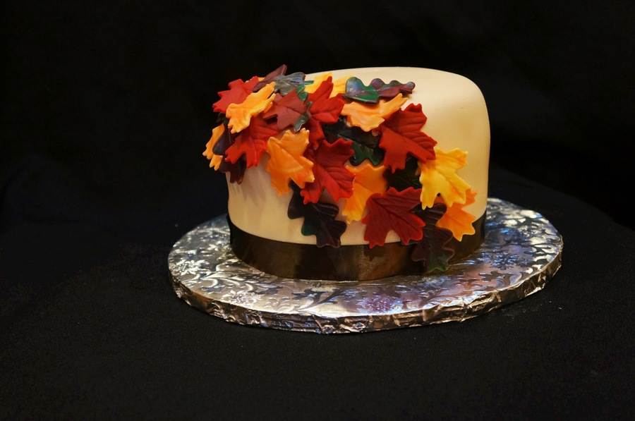 Fall Themed Cake  on Cake Central