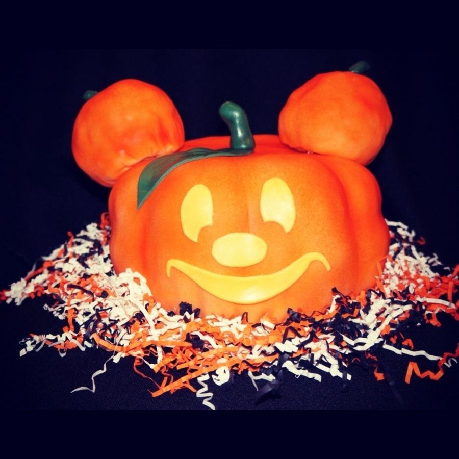 Mickey Pumpkin on Cake Central