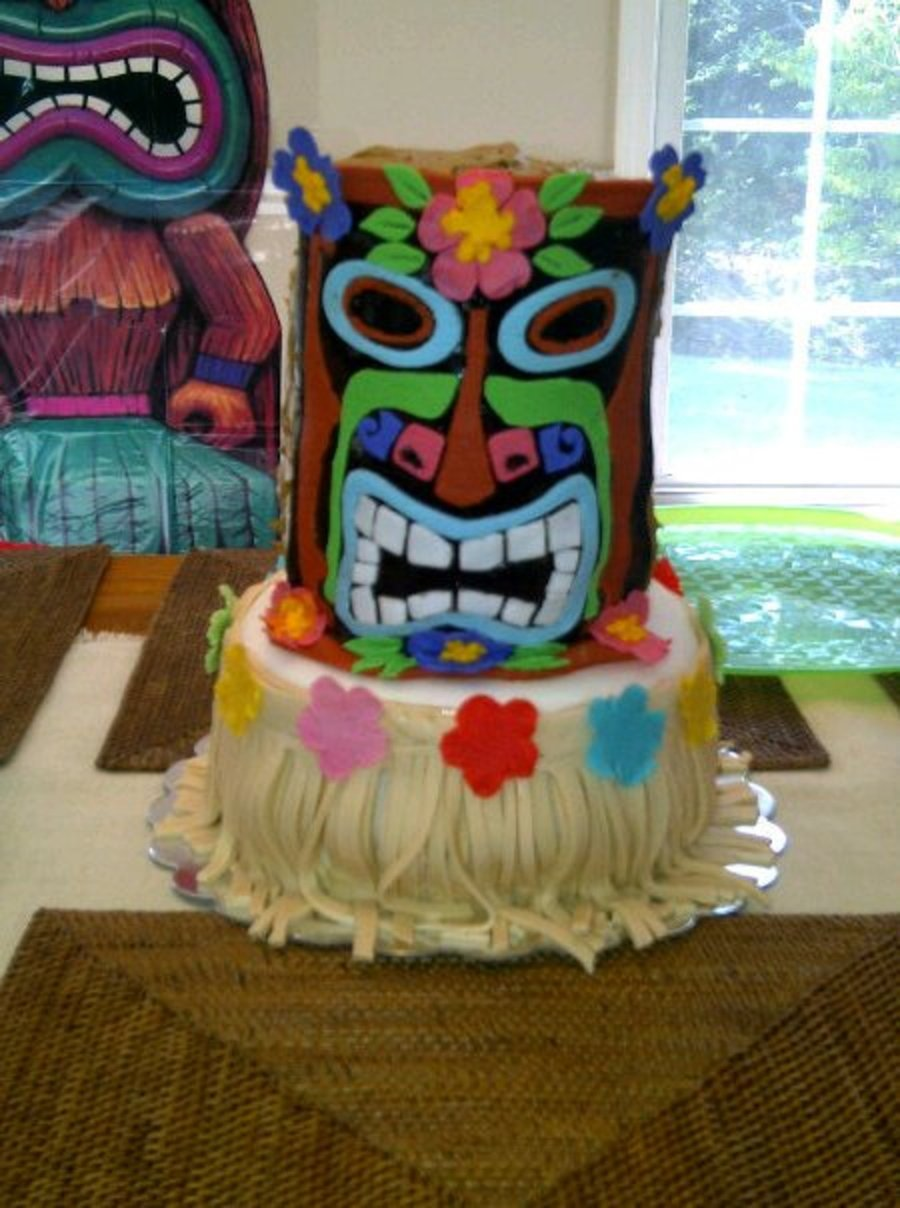 Tiki Hawaiian Theme Birthday Cake On Central