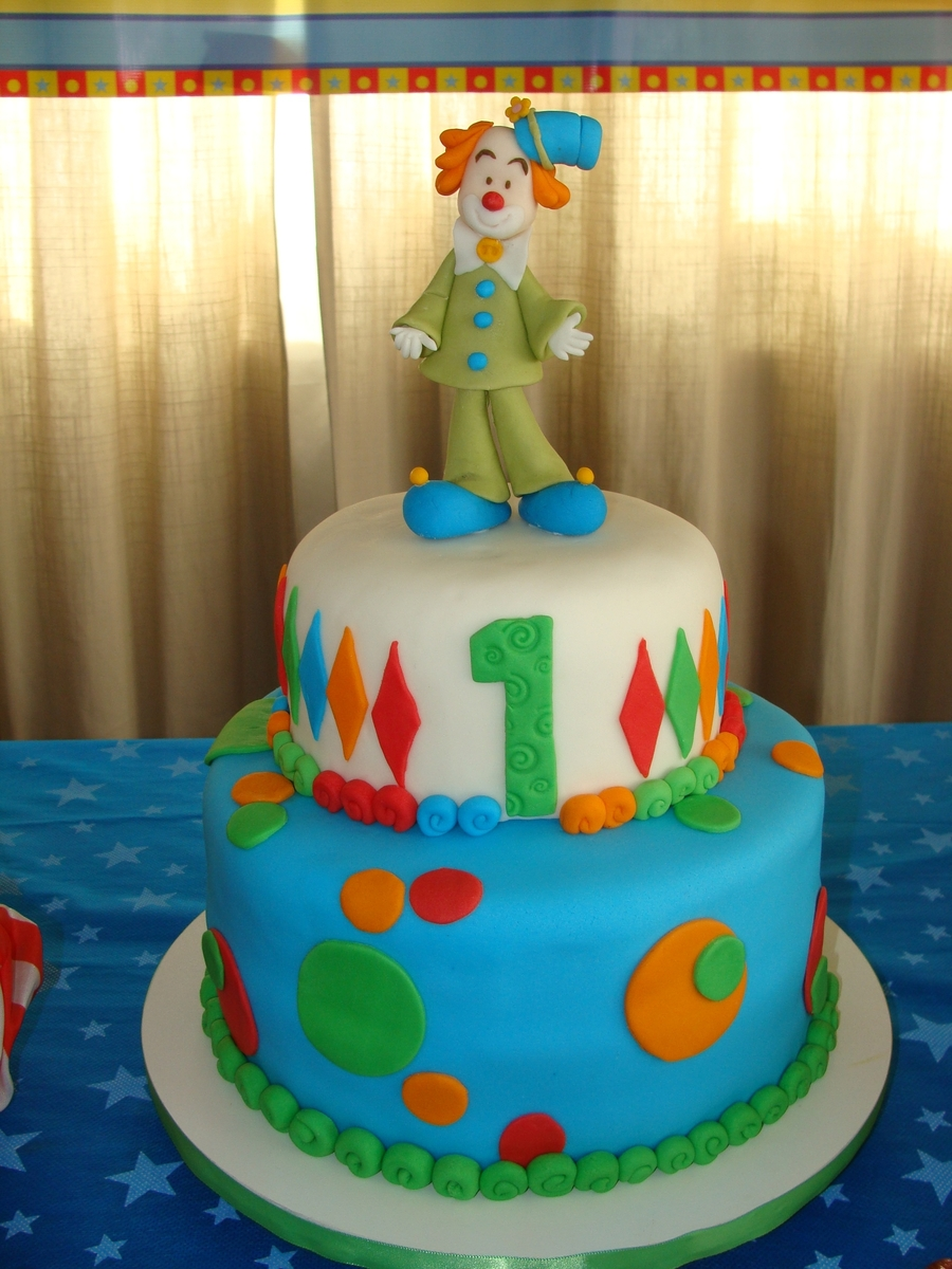 Clown  on Cake Central