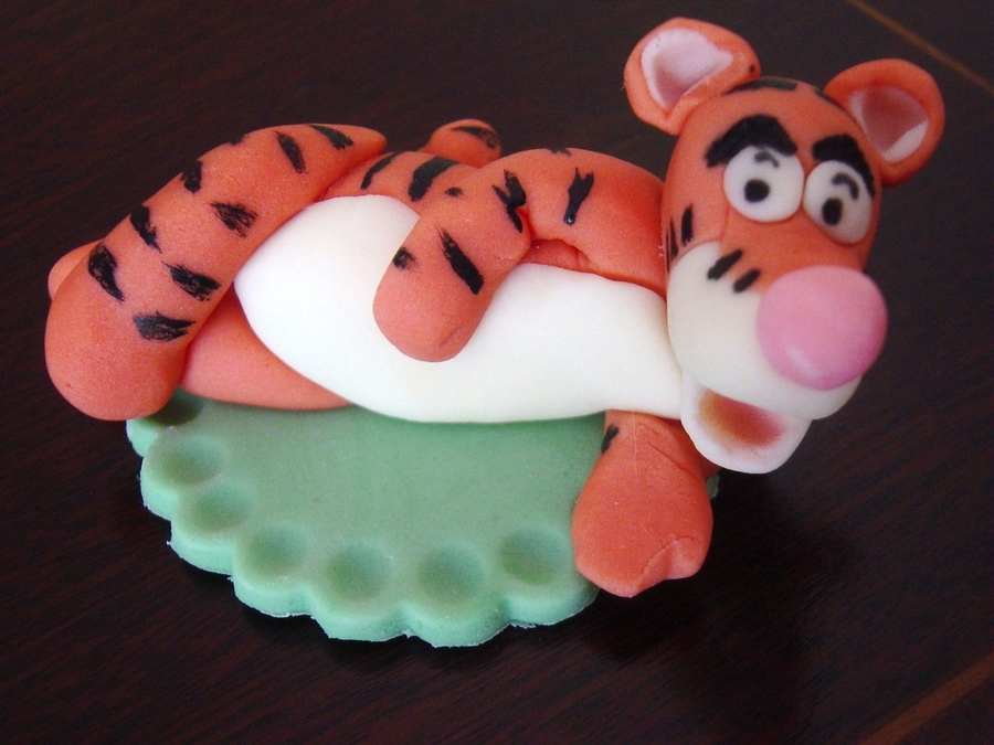 Tigger Cup Cake Topper On Central