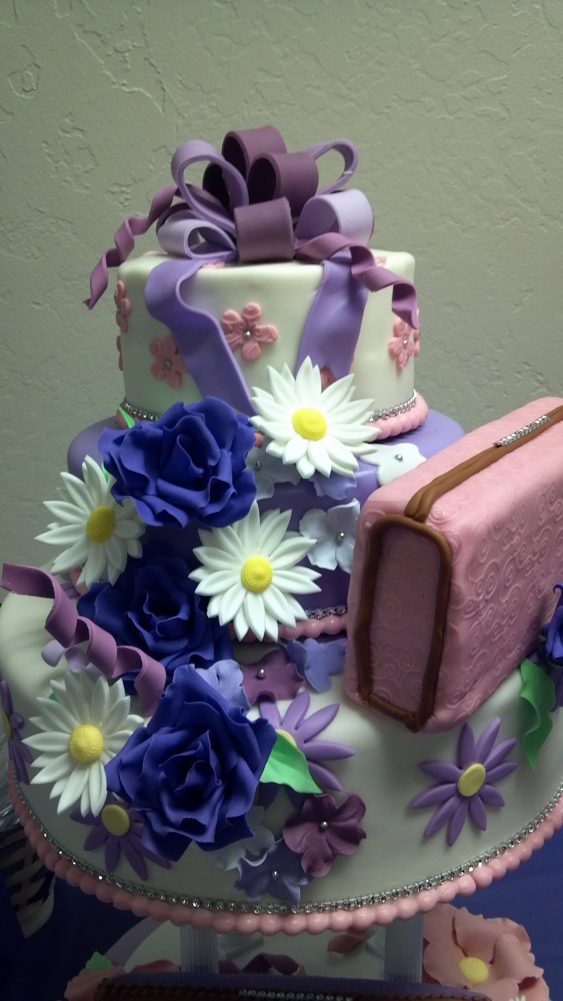 50th Birthday Cake Birthday Gal Likes Purses And Flowers Cake Is