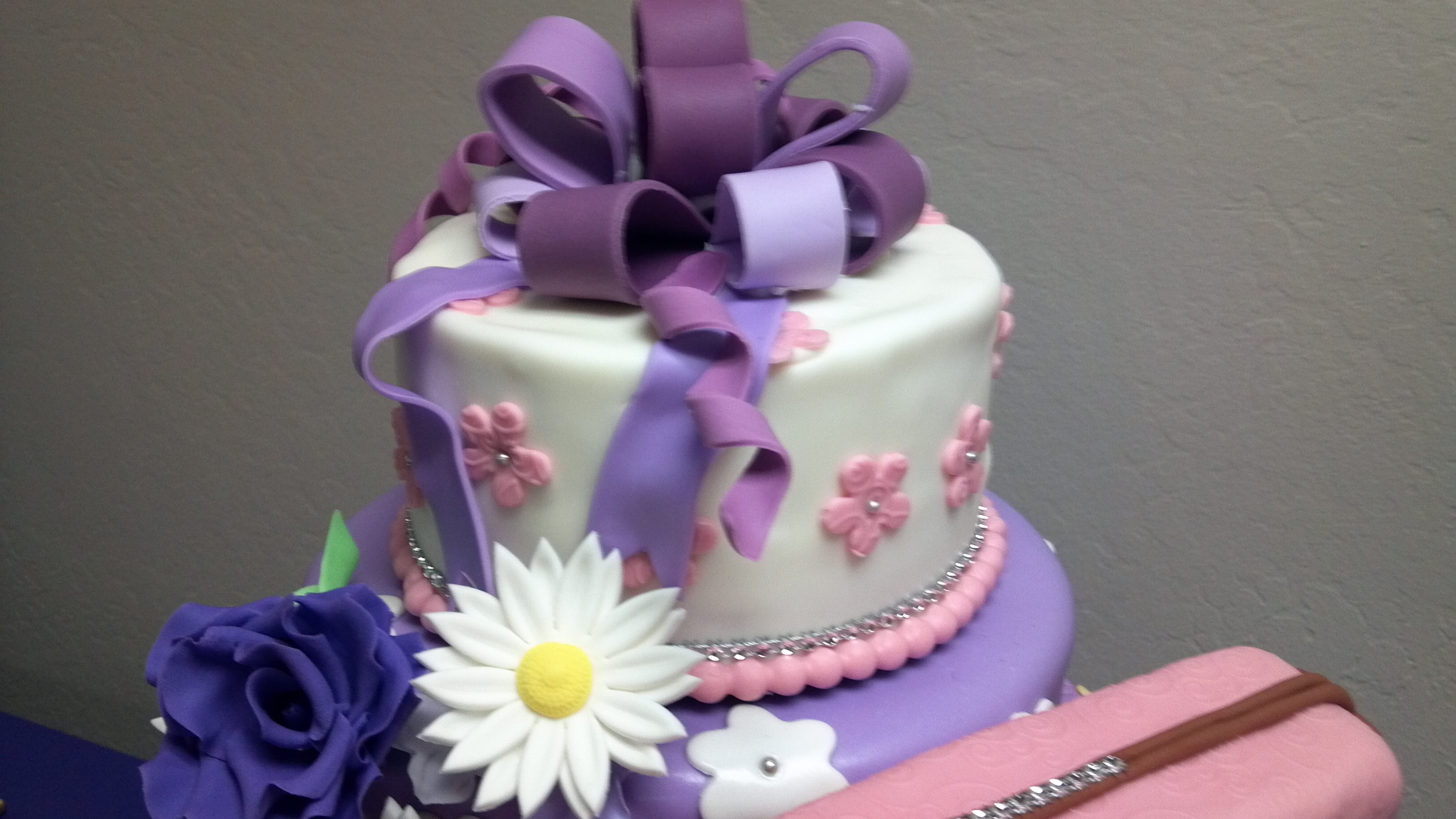50th Birthday Cake Birthday Gal Likes Purses And Flowers Cake Is