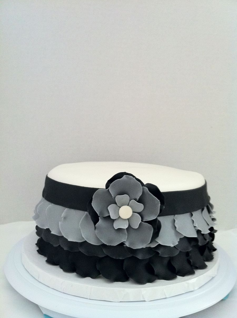 Black White & Grey Ombre Ruffle on Cake Central
