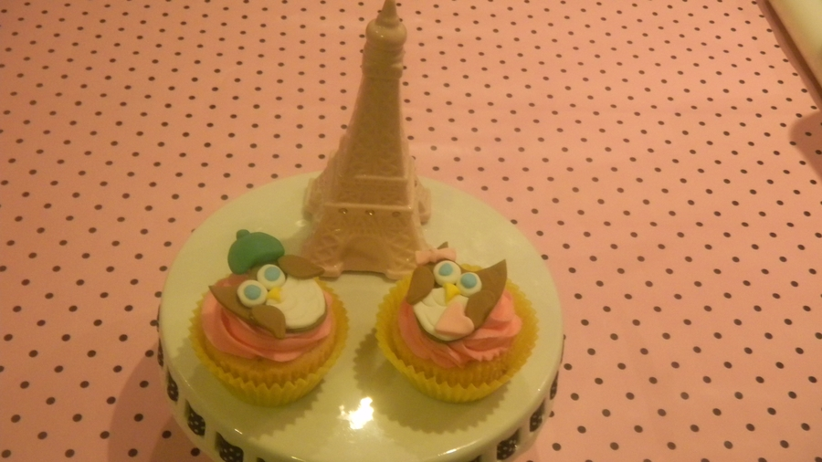 Paris Is A Hoot! on Cake Central