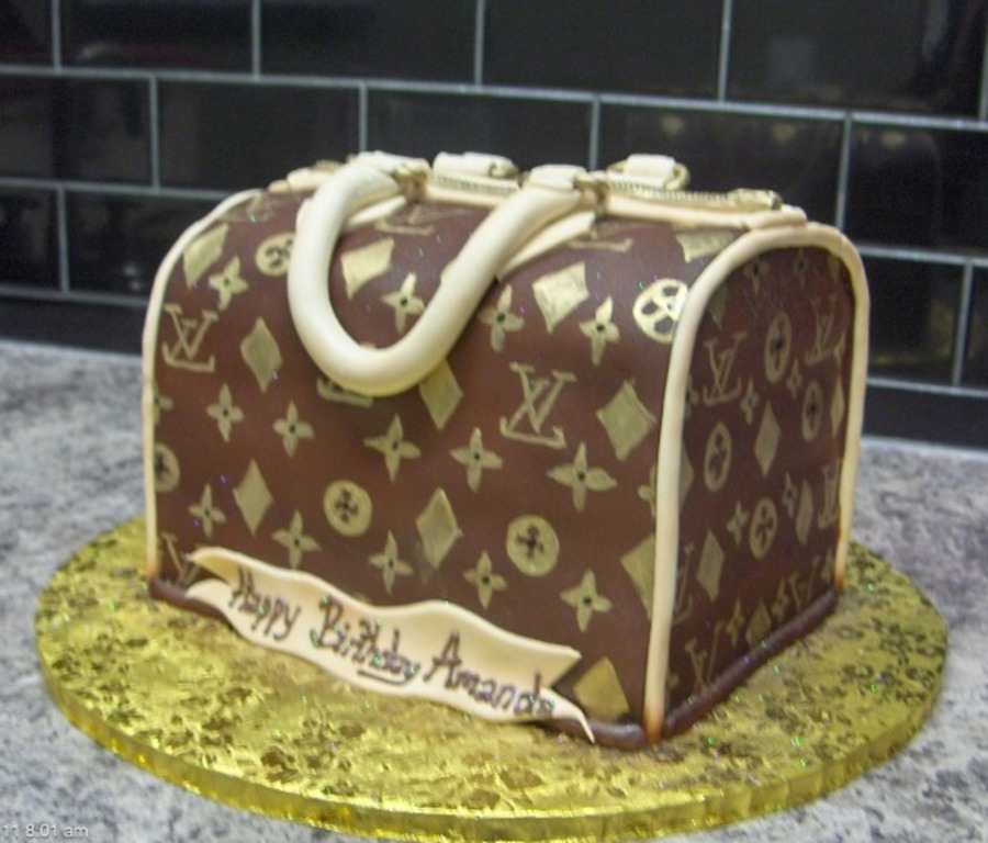 Lv Bag on Cake Central