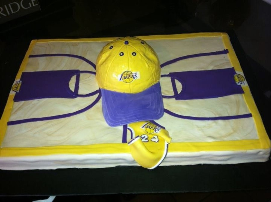 Lakers Grooms Cake on Cake Central