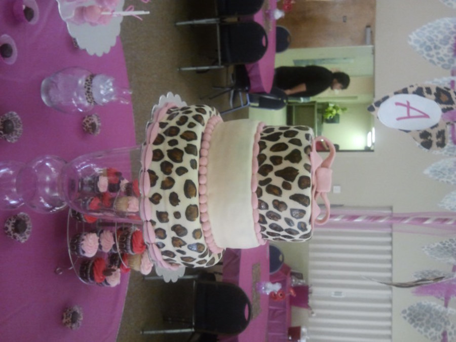 Baby Cheetah Cake on Cake Central