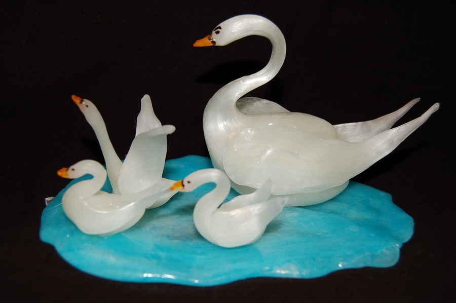 Blown Sugar Swan on Cake Central