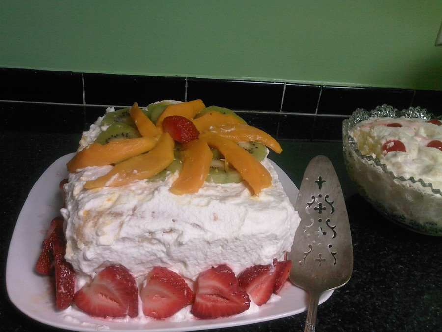 Fresh Fruit And Whipped Cream Cake - CakeCentral.com
