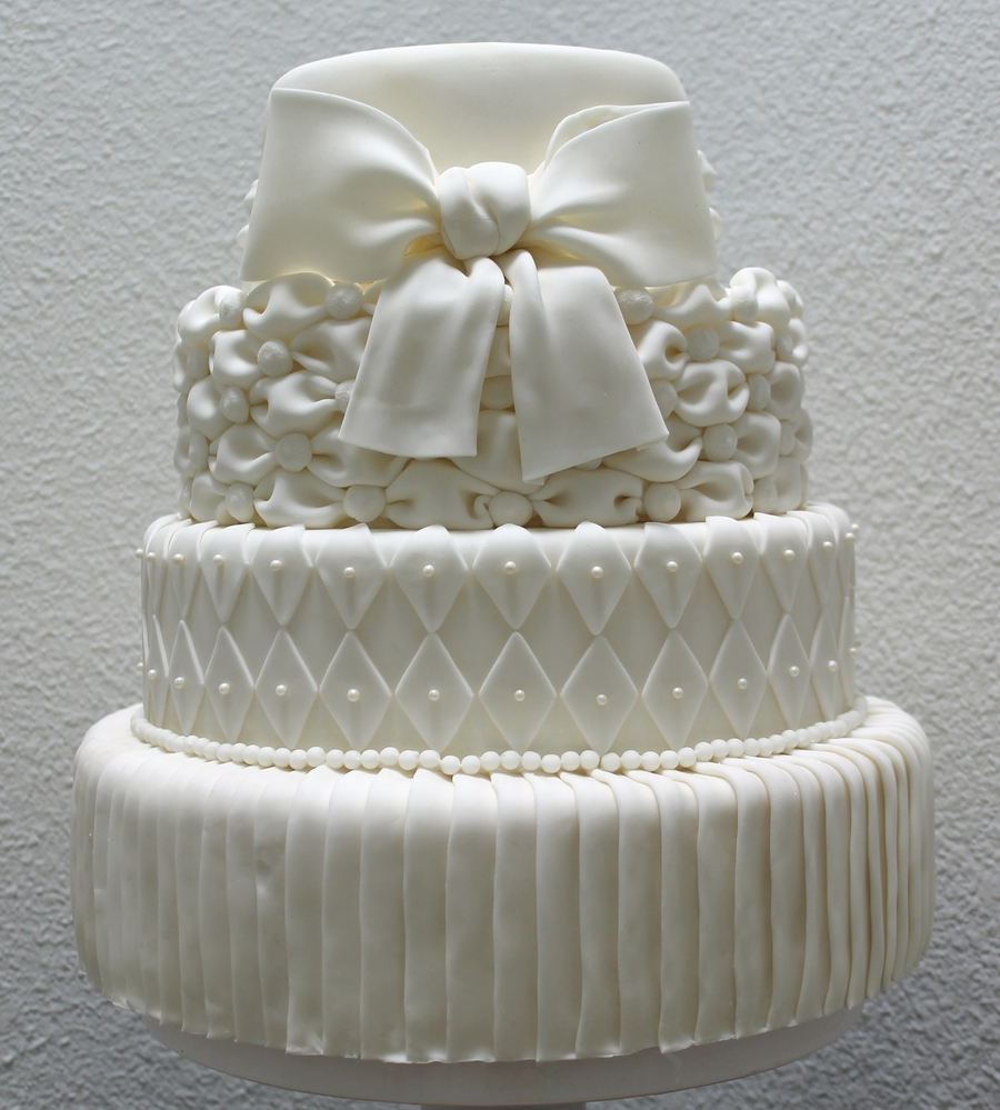 White Wedding on Cake Central