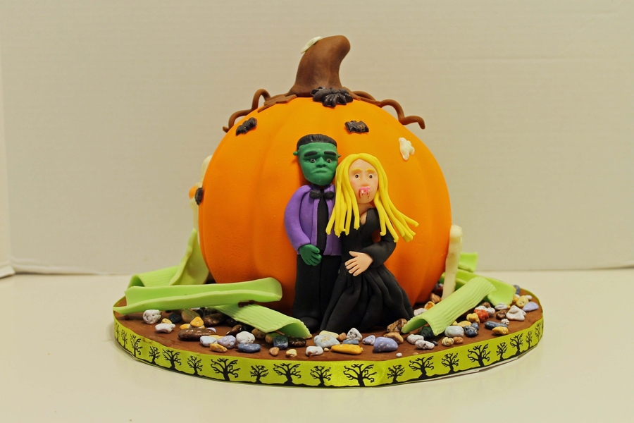 Halloween Pumpkin  on Cake Central