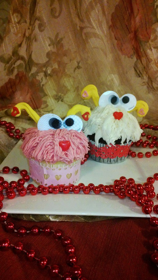 Decorating Cake Pops With Glitter : Love Bugs And Glitter Cake Pops - CakeCentral.com