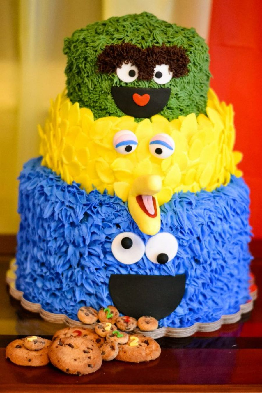 My Grandsons 2nd Birthday Party Sesame Street Theme Cookie Monster Is A Chocolate Chip Cake Buttercream With Fondant Accent Big Bird Vanilla