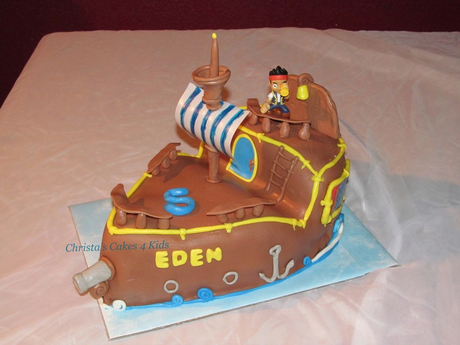 Jake And The Neverland Pirate's Ship  on Cake Central