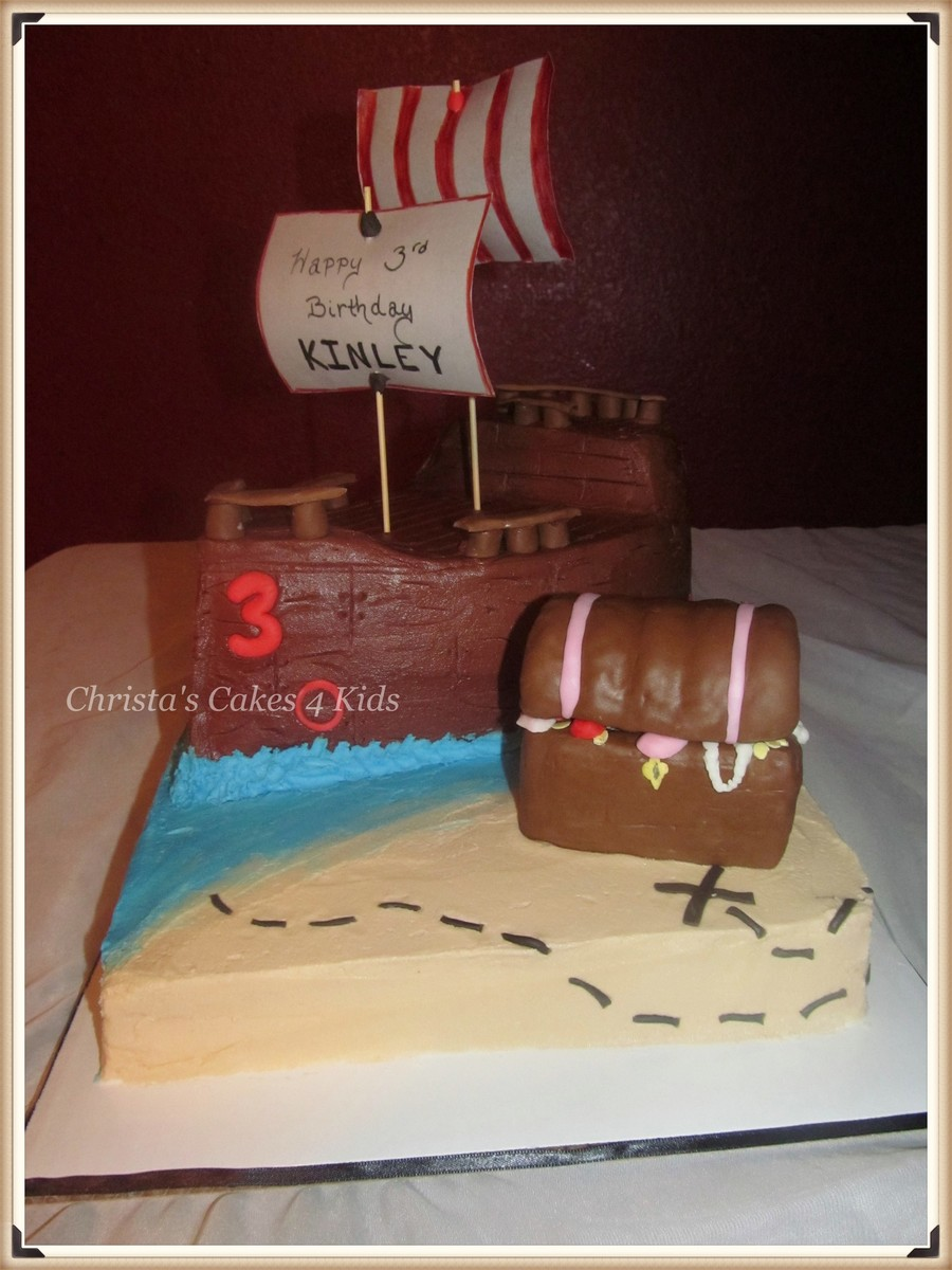 Priate Ship And Treasure on Cake Central