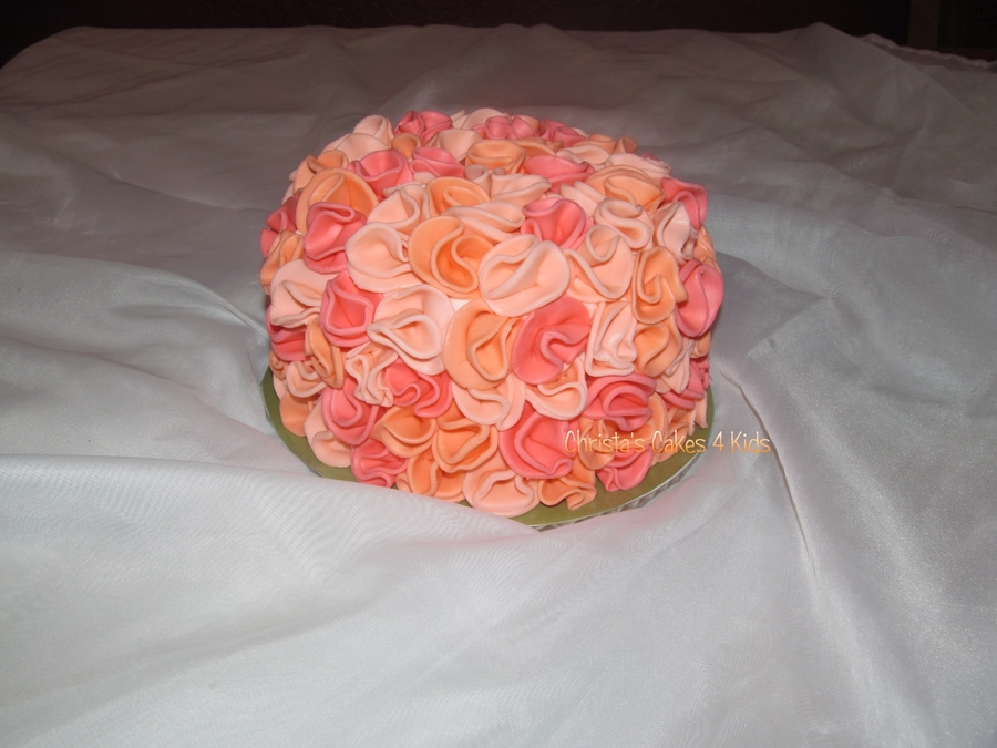 Coral Ruffled Beauty on Cake Central