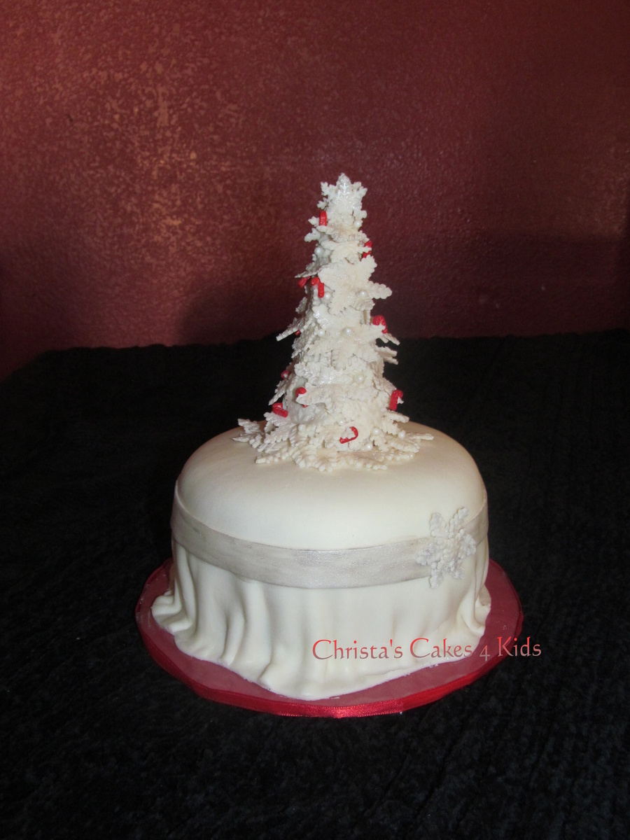Snow Covered Tree on Cake Central