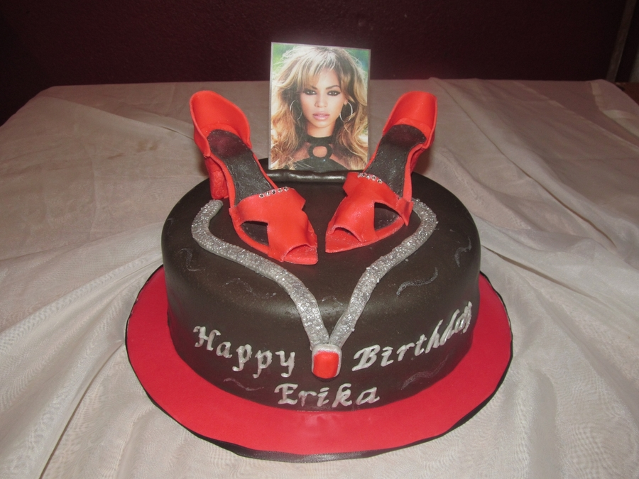 Beyonce Fashion Diva Cake on Cake Central
