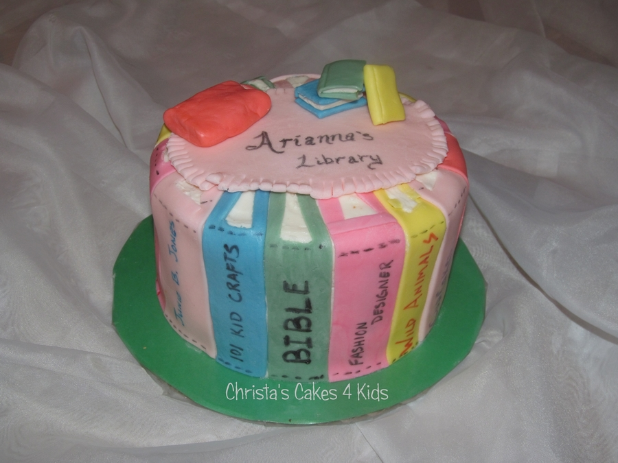 Arianna's Books on Cake Central