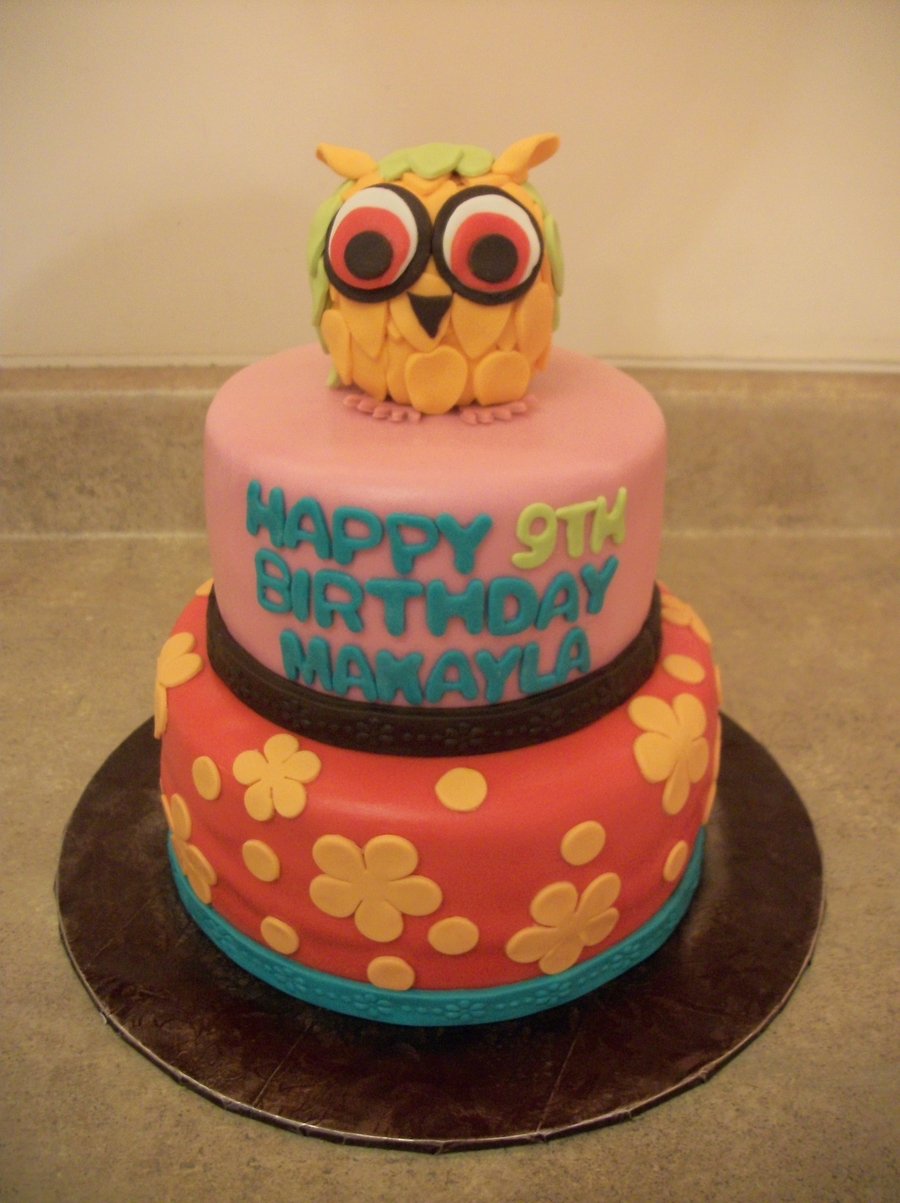 Night Owl Cake on Cake Central