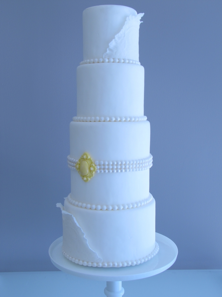 Classic Wedding Cake on Cake Central