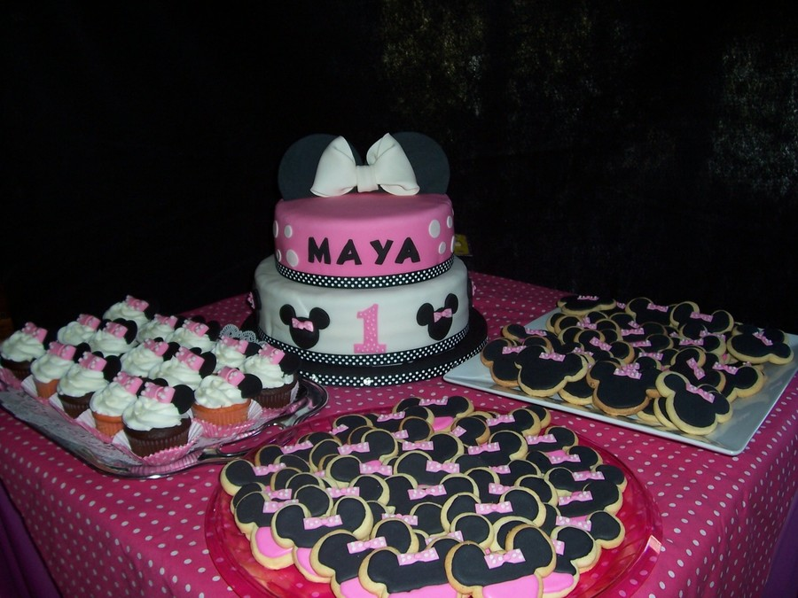 Minnie Mouse Cake, Cupcakes And Cookies on Cake Central