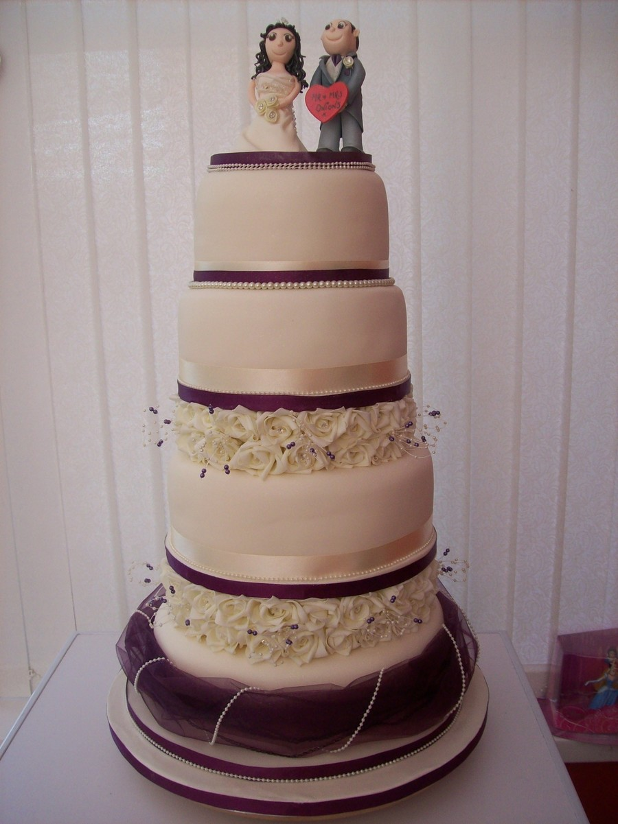 Mr And Mrs Onions Wedding Cake on Cake Central