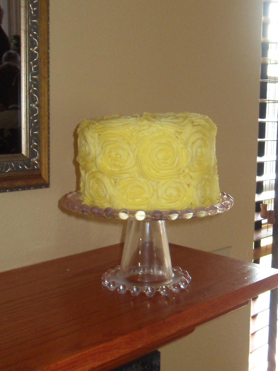 Rose/swirl Design on Cake Central