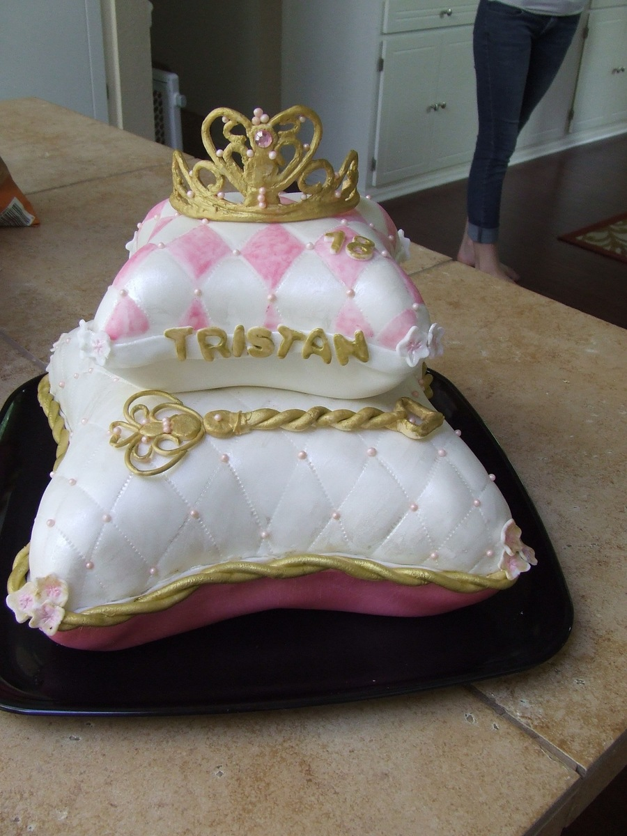Princess Pillow Cake Images : Princess Pillow Cake - CakeCentral.com