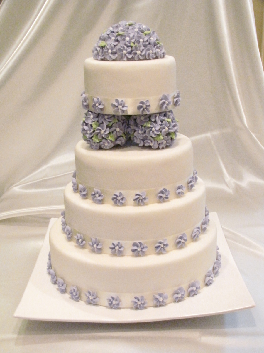 Purple Royal Flowers on Cake Central
